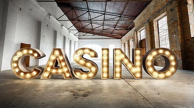 Estilo Realista de Bombillas de Casino 3D Photoshop Tutorial - 20 Tutoriales con Efectos de Photoshop 2015 que no te puedes perder