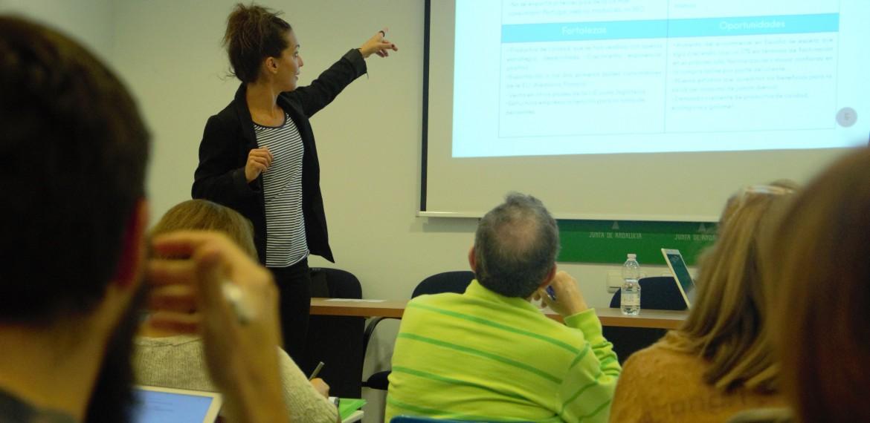 Charla a Emprendedores CADE Málaga - Comunicación