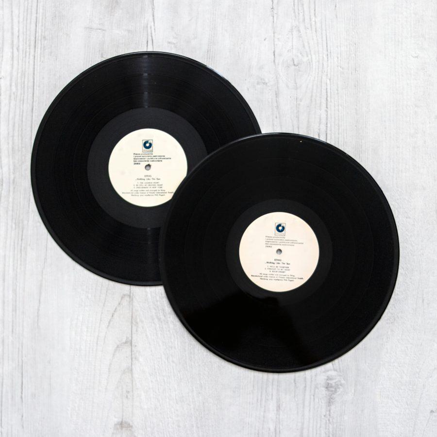 antique black and white classic 1021876 900x900 - Música